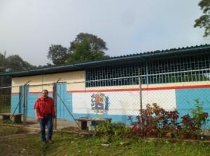 rehabilitacion de la escuela de Barrio1
